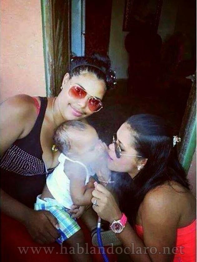 Indigna a población maeña que dos jovencitas droguen a bebe de 6 meses con hooka