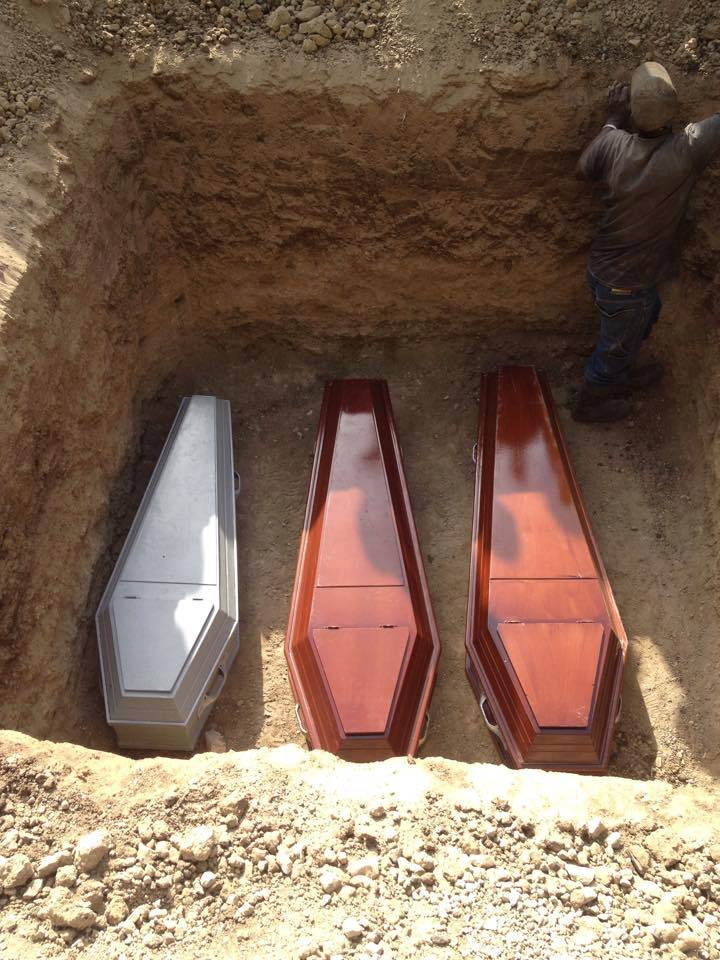 Policía persigue haitiano por muerte de pareja e hijas de esta