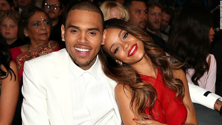 Chris Brown reconoce que pensó quitarse la vida tras agredir a Rihanna