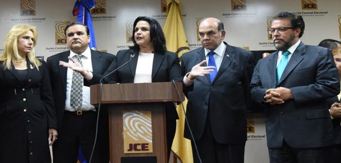 """Partidos minoritarios salieron """"más pequeños"""" en votos"""