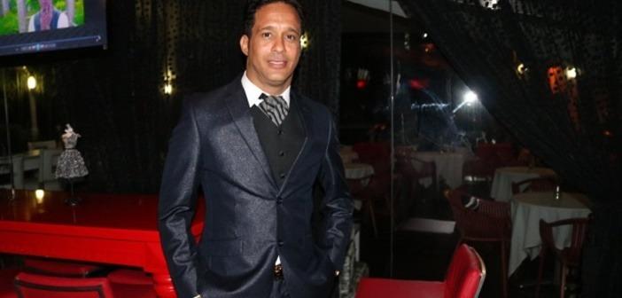 Un dominicano quiere tirarle al récord Guinnes cantando